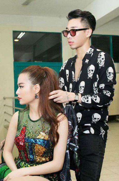 Nhung cap doi sao - stylist cung nhau 'di len' trong showbiz Viet - Anh 6