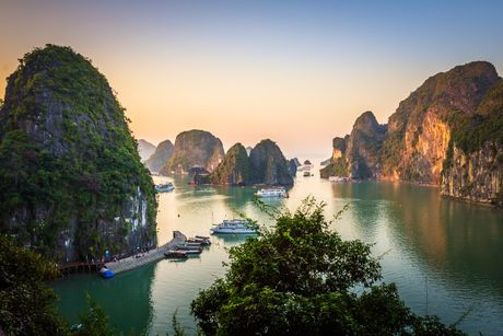 Viet Nam lot top 10 diem den hap dan cho tuoi 20 cua New York Times - Anh 1