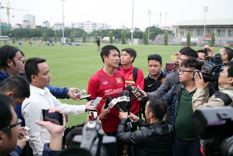 HLV Huu Thang: Chinh chung toi da tao dong luc cho cac em U19 - Anh 1