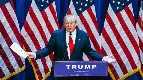 That– gia chuyen Trump 'moc tui' 100 trieu do chi cho tranh cu - Anh 1