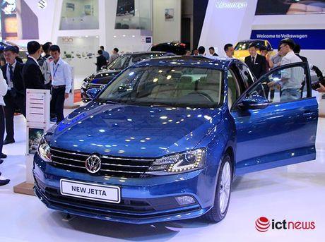 Volkswagen Jetta ve Viet Nam canh tranh truc tiep voi Toyota Altis, Honda Civic va Mazda3… - Anh 1