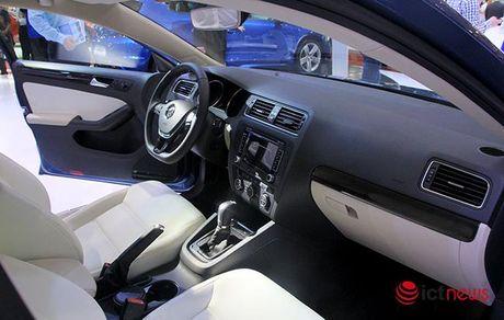 Volkswagen Jetta ve Viet Nam canh tranh truc tiep voi Toyota Altis, Honda Civic va Mazda3… - Anh 8