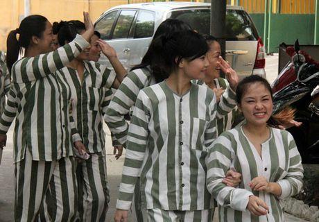 Co buong hanh phuc o trai giam, pham nhan cai tao tot hon - Anh 1