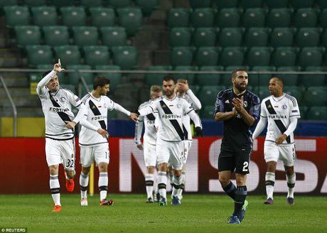 Ronaldo tit ngoi, Real suyt nhan that bai tren dat Ba Lan - Anh 7