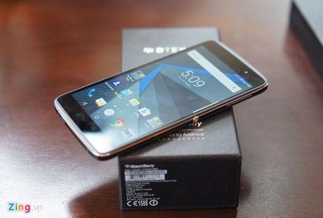 BlackBerry giam gia DTEK50, sap ban DTEK60 - Anh 1