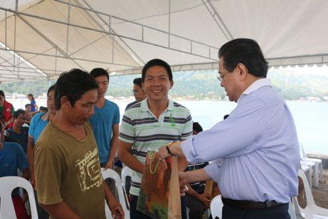 'Philippines san sang che cho ngu dan Viet gap nan' - Anh 5