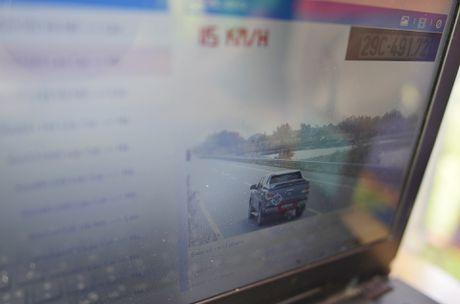 CSGT 'phat nguoi' qua camera tren cao toc Noi Bai-Lao Cai - Anh 10