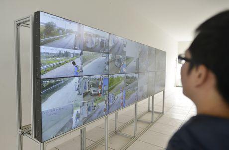 CSGT 'phat nguoi' qua camera tren cao toc Noi Bai-Lao Cai - Anh 4