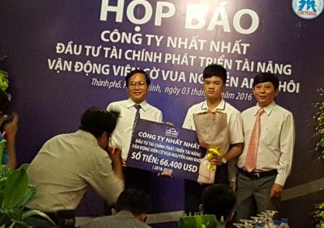 Than dong co vua Anh Khoi nhan tai tro lon - Anh 2