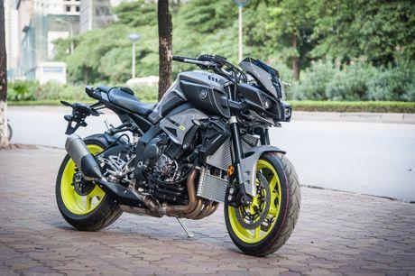 Moto Yamaha 1.000 phan khoi mau doc tai Ha Noi - Anh 4