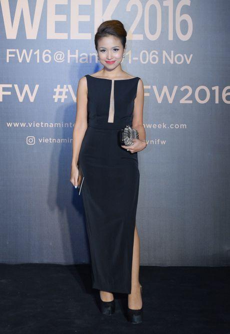 Hoa hau Hoan vu Singapore 2016 noi bat giua dan sao Viet - Anh 5