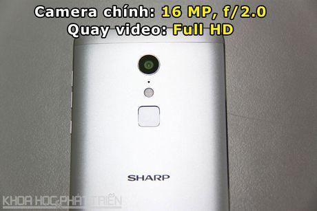 'Dap hop' smartphone chuyen chup anh, chip 10 nhan cua Sharp - Anh 6