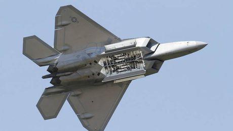 Truyen thong Trung Quoc tung ho tiem kich J-20 la sat thu diet F-22 My - Anh 2