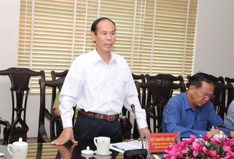 Thu truong Ha Cong Tuan lam viec voi UBND tinh Lao Cai - Anh 3