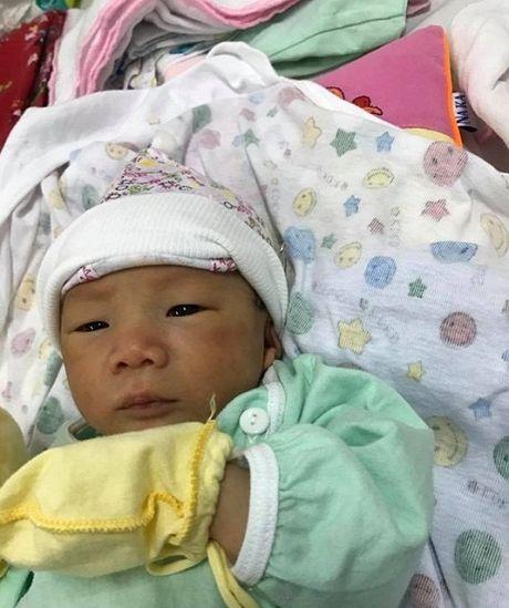 Can canh con trai khau khinh moi sinh cua Hiep Ga - Anh 6