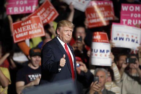 Nha tien tri Nostradamus du bao dang so ve Donald Trump? - Anh 1