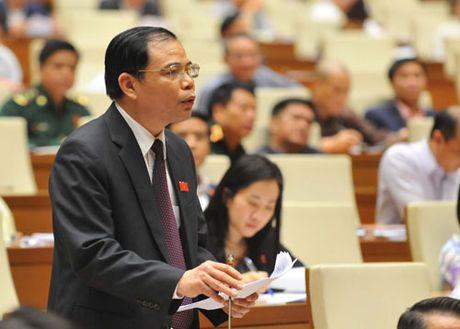 Bo truong Nguyen Xuan Cuong tran tinh ve mon no 15.000 ty dong NTM - Anh 1