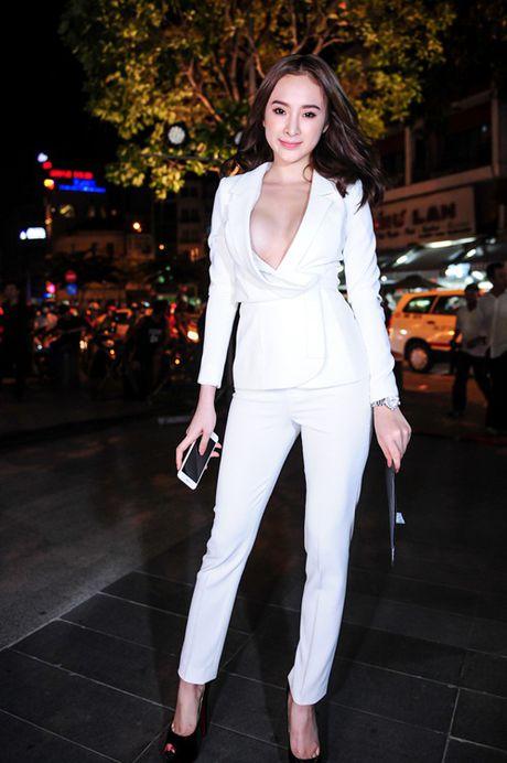 'Do mat' moi lan Angela Phuong Trinh dien vest... khong noi y - Anh 5