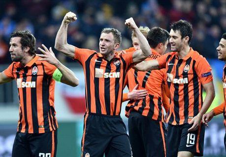 Tong hop Europa League: Lo dien 4 cai ten di tiep - Anh 3