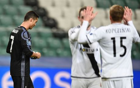 DH te nhat loat tran thu 4 Champions League: Xin loi Ronaldo! - Anh 3
