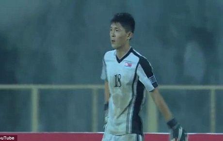 Nong: U16 Trieu Tien dan xep ti so tran gap U16 Uzbekistan - Anh 1