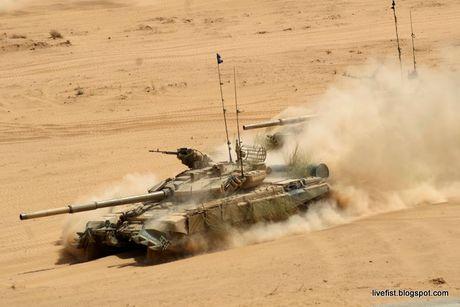 An Do tinh mua so luong xe tang T-90MS ky luc - Anh 4