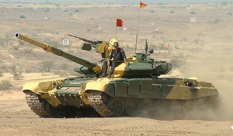 An Do tinh mua so luong xe tang T-90MS ky luc - Anh 5