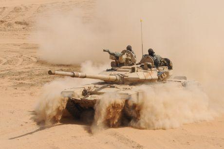 An Do tinh mua so luong xe tang T-90MS ky luc - Anh 8