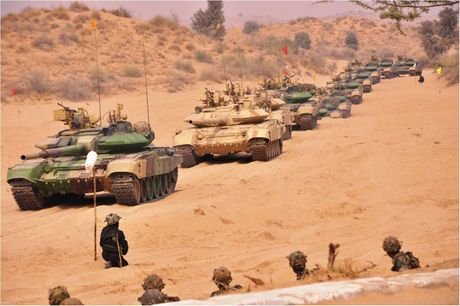An Do tinh mua so luong xe tang T-90MS ky luc - Anh 9