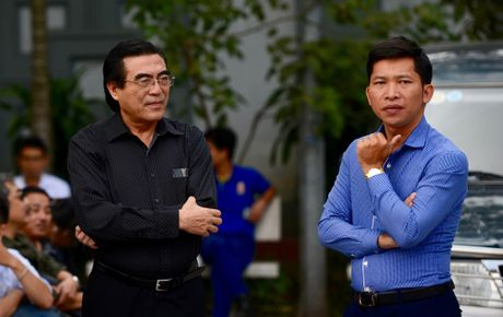 Dien vien Quoc Khanh khoc o dam tang NSUT Pham Bang - Anh 5