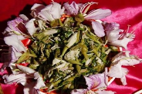 Thuong thuc nhung mon an tu hoa doc dao o Viet Nam - Anh 2