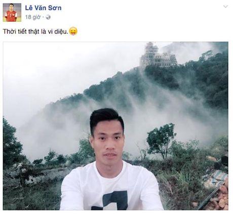 Cac tuyen thu U.22 Viet Nam cua HAGL len Tam Dao nap nang luong - Anh 1