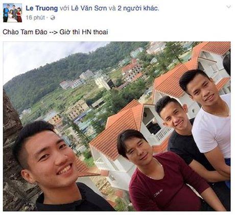 Cac tuyen thu U.22 Viet Nam cua HAGL len Tam Dao nap nang luong - Anh 2