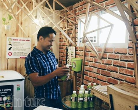 Doc la cua hang khong nguoi ban tai Ha Noi - Anh 1