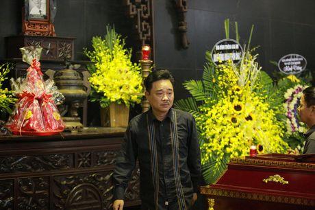 Gia dinh, dong nghiep nuc no tien dua NSUT Pham Bang - Anh 14