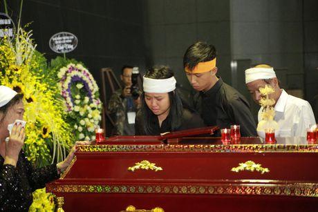 Gia dinh, dong nghiep nuc no tien dua NSUT Pham Bang - Anh 15