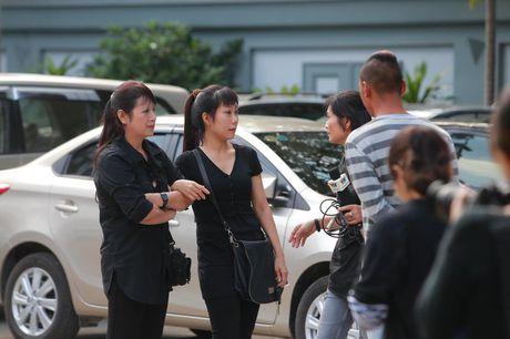 Gia dinh, dong nghiep nuc no tien dua NSUT Pham Bang - Anh 4