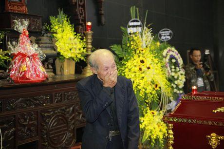 Gia dinh, dong nghiep nuc no tien dua NSUT Pham Bang - Anh 8