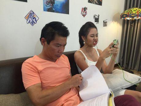 Quen ban gai moi, NSUT Cong Ly dinh nghi an 'hen ho' voi Tuong Vy - Anh 11