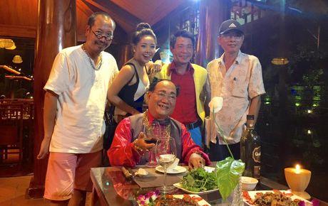 Quen ban gai moi, NSUT Cong Ly dinh nghi an 'hen ho' voi Tuong Vy - Anh 14