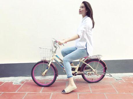 Pham Huong bi fan 'boc me' vi song ao - Anh 1
