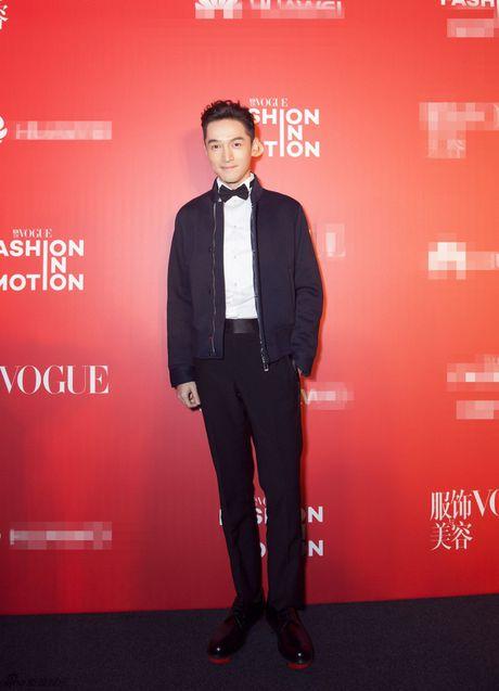 Pham Bang Bang mac xau gay sot tham do Vogue - Anh 11