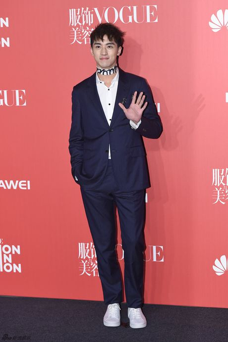 Pham Bang Bang mac xau gay sot tham do Vogue - Anh 13
