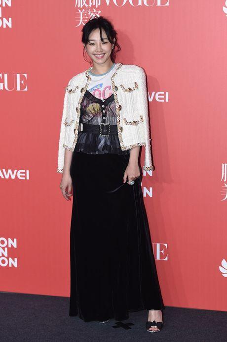 Pham Bang Bang mac xau gay sot tham do Vogue - Anh 6