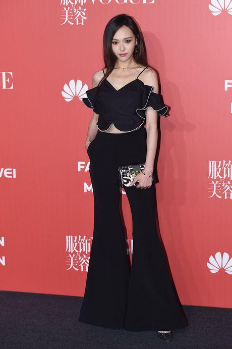 Pham Bang Bang mac xau gay sot tham do Vogue - Anh 7