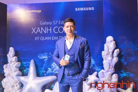 'Co Tam' Ha Vi so huu Galaxy S7 edge xanh san ho dau tien Viet Nam - Anh 7