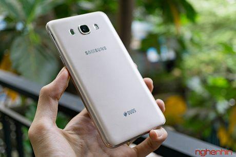 Galaxy J7 2016 xach tay full-HD, RAM 3GB, 3,5 trieu - Anh 2