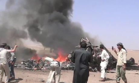 Phien quan Syria ban ha truc thang Nga - Anh 1