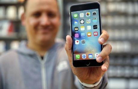 Apple dang doi mat nhieu van de lon voi iPhone - Anh 1