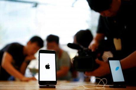 Apple dang doi mat nhieu van de lon voi iPhone - Anh 2